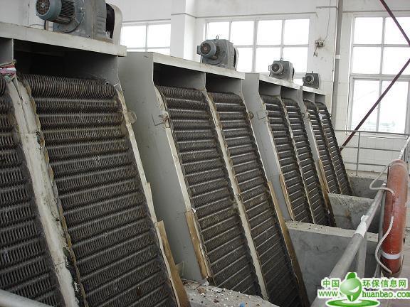 华英水利生产水电站推荐使用回转式清污机、除污机