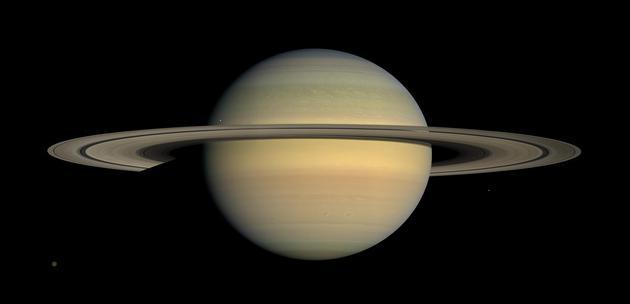 土星的光环是这颗气态巨行星最显眼的特征