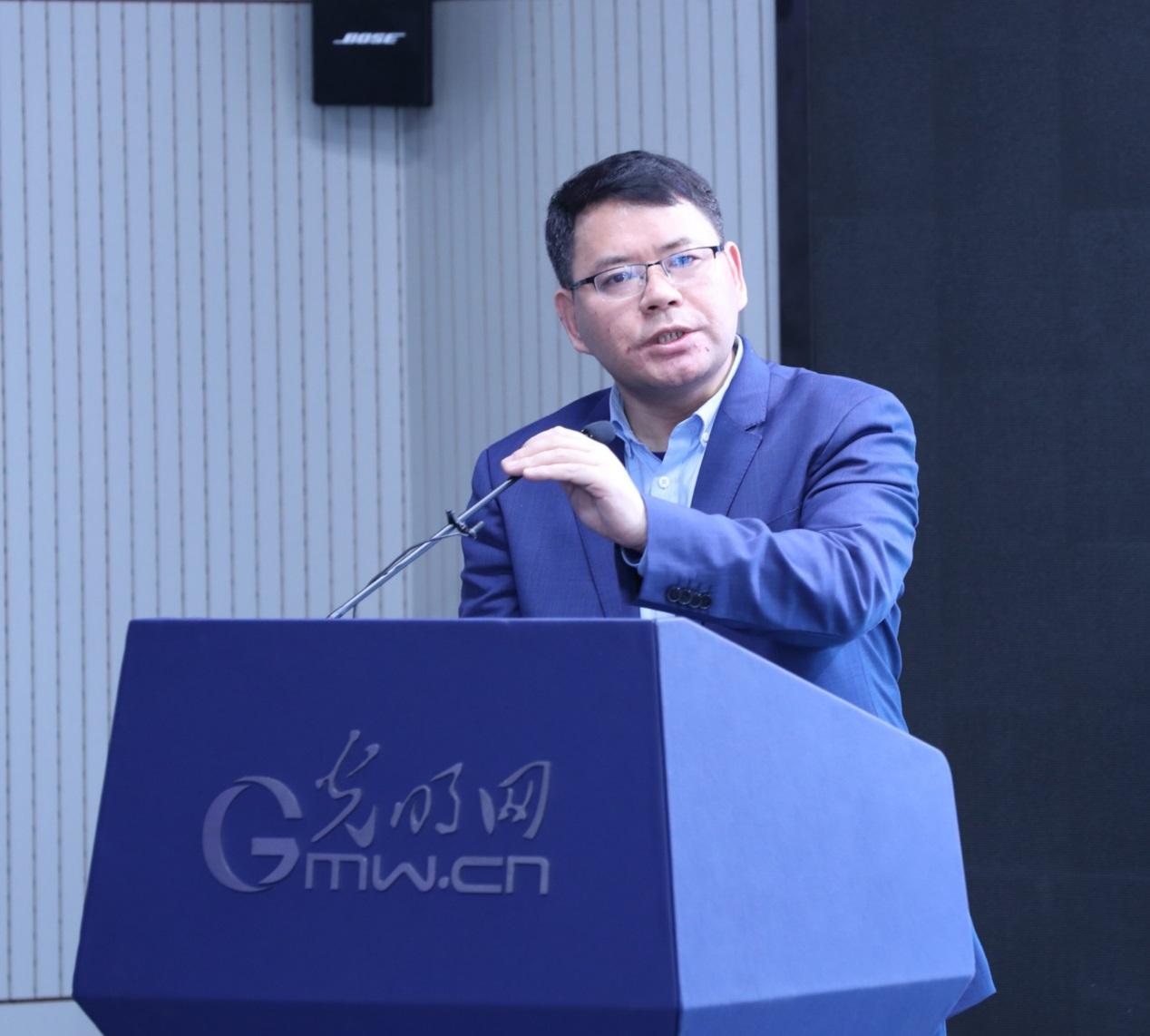 北京理工大学机械与车辆学院教授何洪文   周烨摄